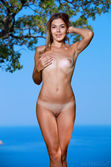 a lovely nude photos of Maddison