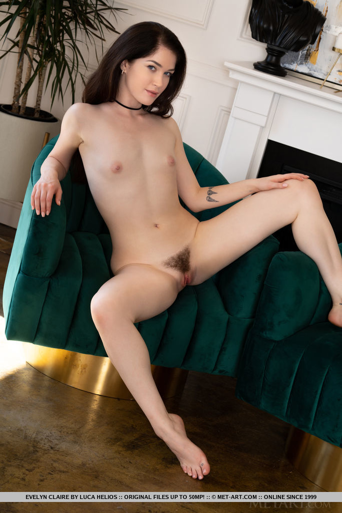 Evelyn Claire Nude